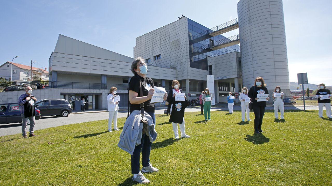 Reciente concentración de celadores del Hospital Montecelo instando a su reconocimiento como personal sanitario