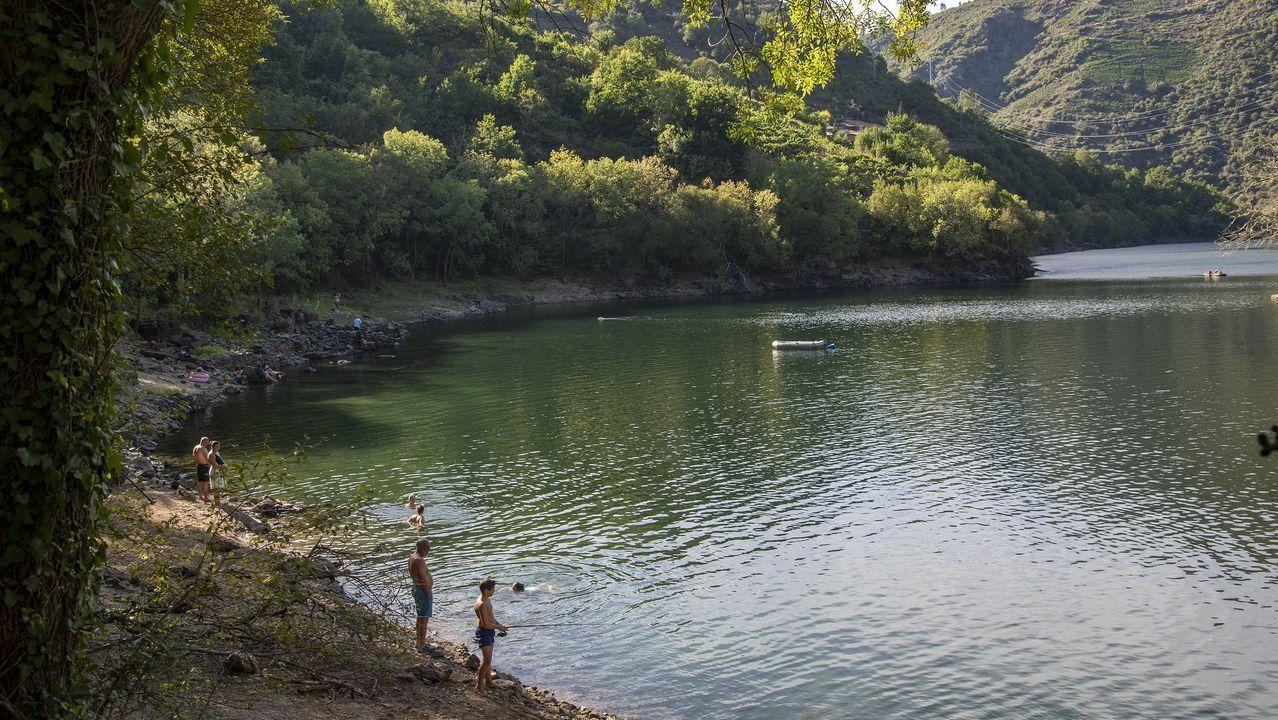 En la desembocadura del Mao en el Sil hay una zona de baño apreciada por vecinos y visitantes
