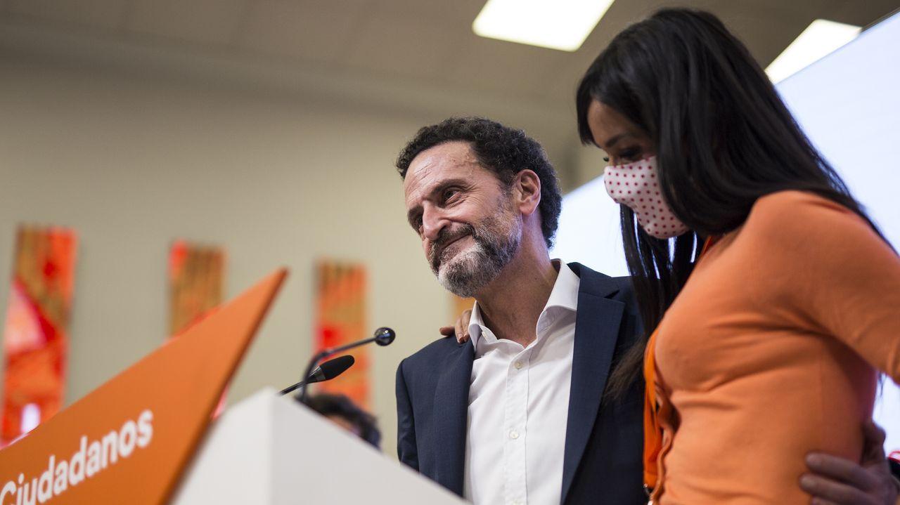 Edmundo Bal: «No hemos sabido transmitir a la gente la importancia del centro político».El presidente del PP, Pablo Casado, junto a la presidenta madrileña en funciones, Isabel Diaz Ayuso, este miércoles a su llegada a la reunión del comité ejecutivo nacional del partido.
