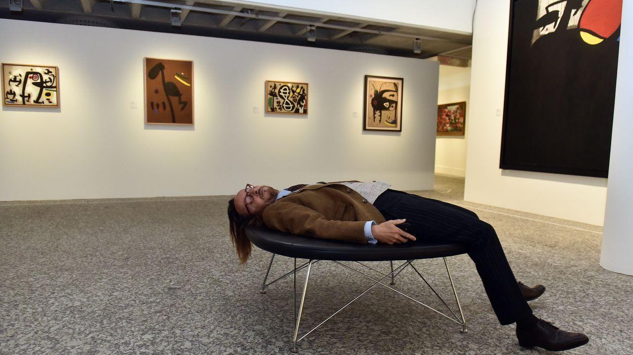 El nieto de Miró, en la exposición de su abuelo
