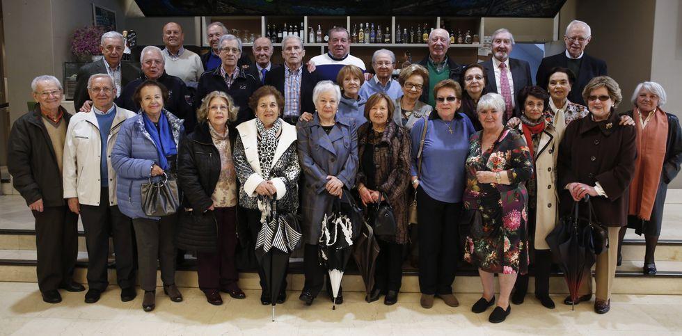 La promoción de la Escuela de Comercio de 1955 volvió a reunirse.