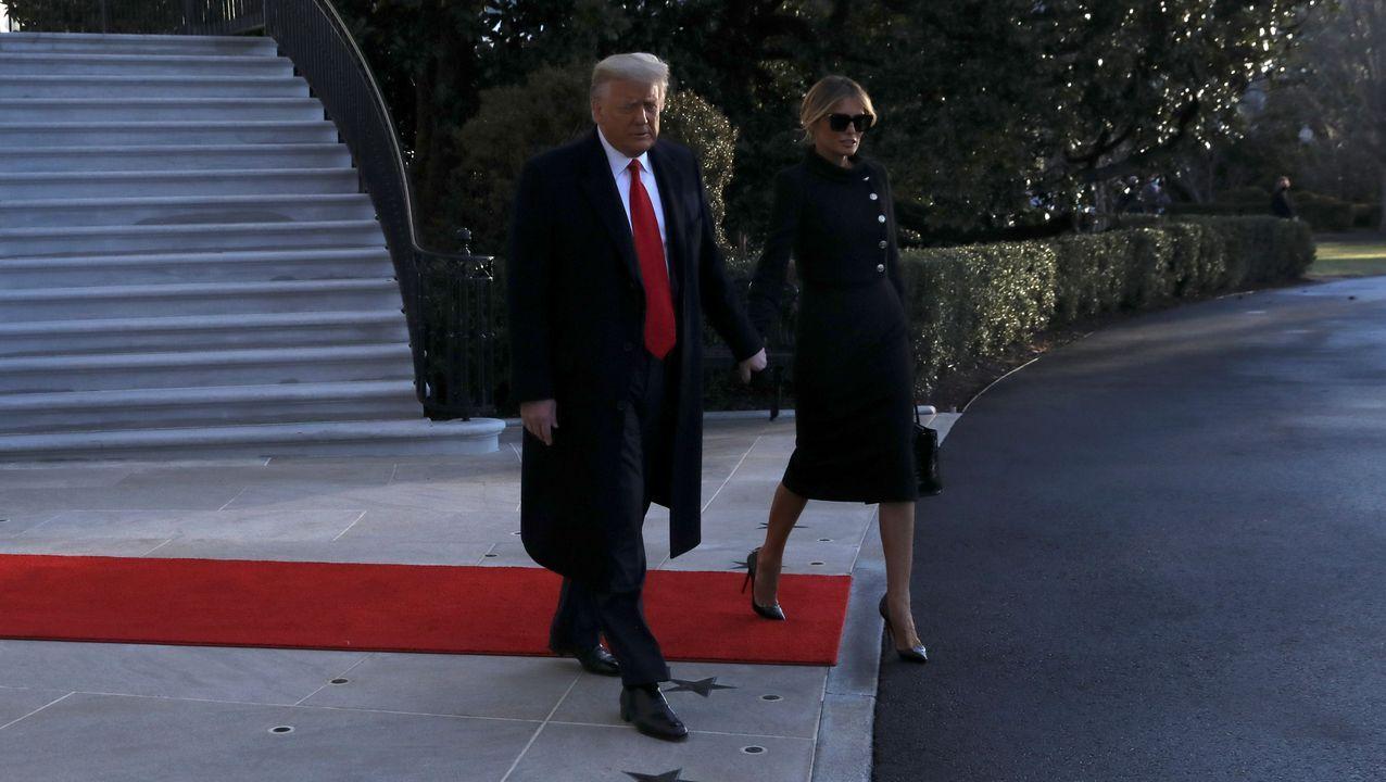 Donald Trump y Melania abandonan la Casa Blanca