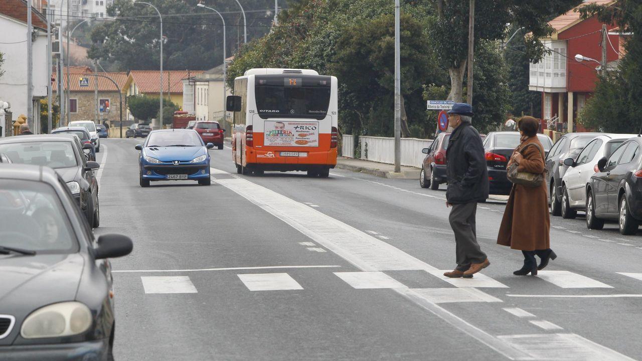 Bodas postcovid en Ferrolterra.Vacunación a población de entre 50 y 55 años el pasado fin de semana en A Malata