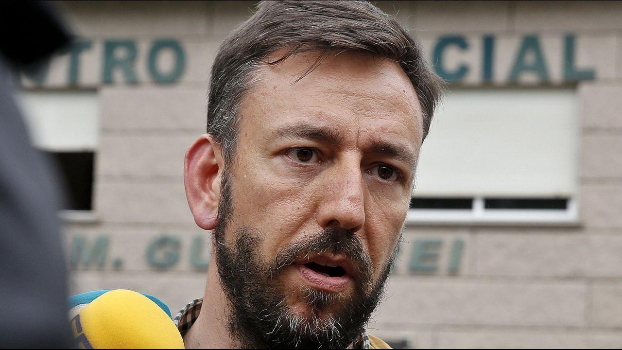 Accidente con tres muertos en la Ap-9 en Vigo.Bieito Lovera y Sara Cal, fallecidos en el trágico accidente de la AP-9 en Vigo, en sendas fotos de su Facebook