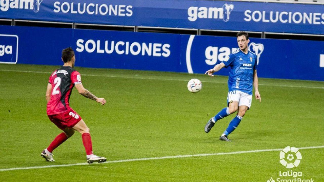 Borja Sánchez durante el Real Oviedo-Rayo Vallecano