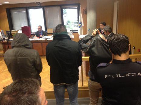 Los implicados, hoy en la segunda jornada del juicio en el penal número 1 de Vigo