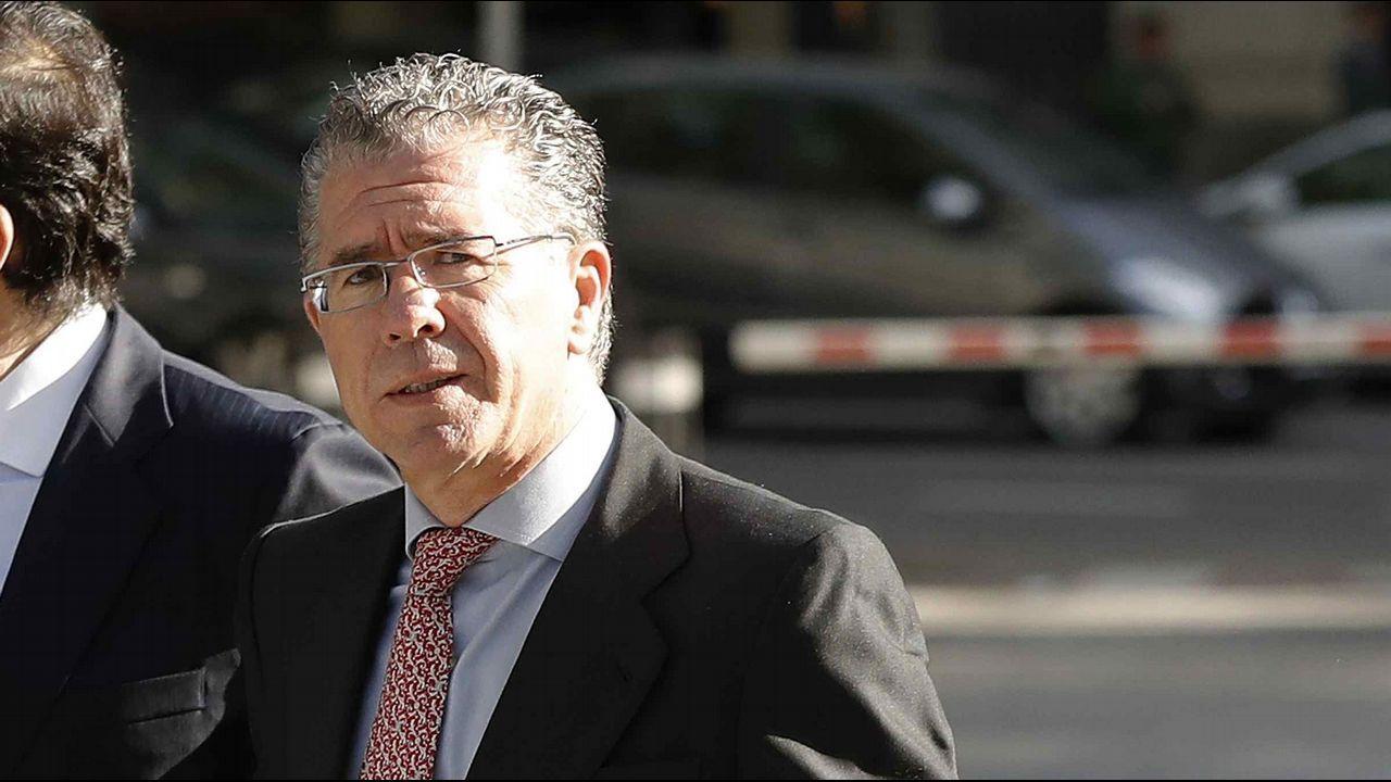 Granados sobre Cifuentes: «Si buscas venganza, cava dos fosas».La expresidenta de la Comunidad de Madrid Esperanza Aguirre a su salida de la Audiencia Provincial de Madrid