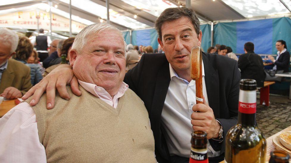 Las fiestas de la Ascensión, en campaña. Gómez Besteiro y Paco Reyes en una pulpería de Santa Susana