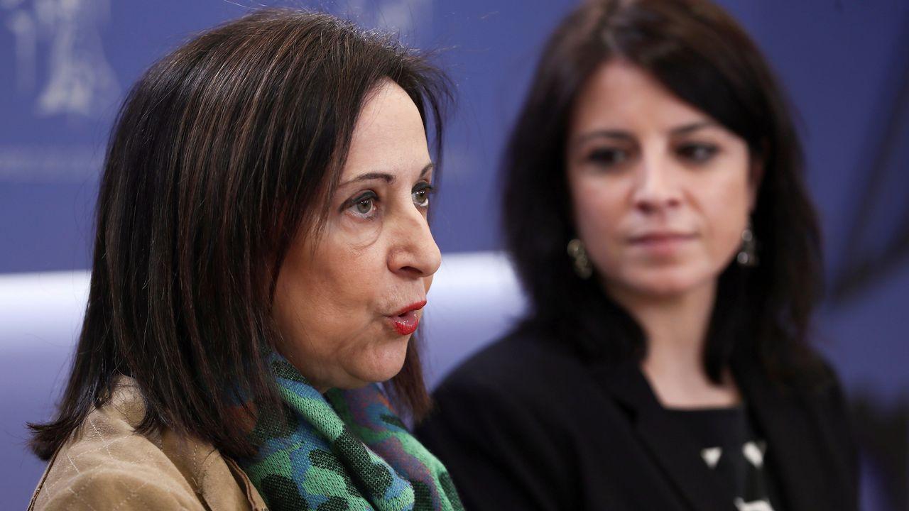 Margarita Robles.De Guindos, felicitado por los miembros del Ecofin