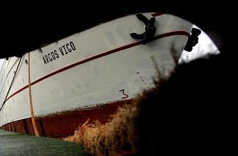 mcconnellfare.Un barco de la Armadora Pereira, atracado en los muelles del Berbés.