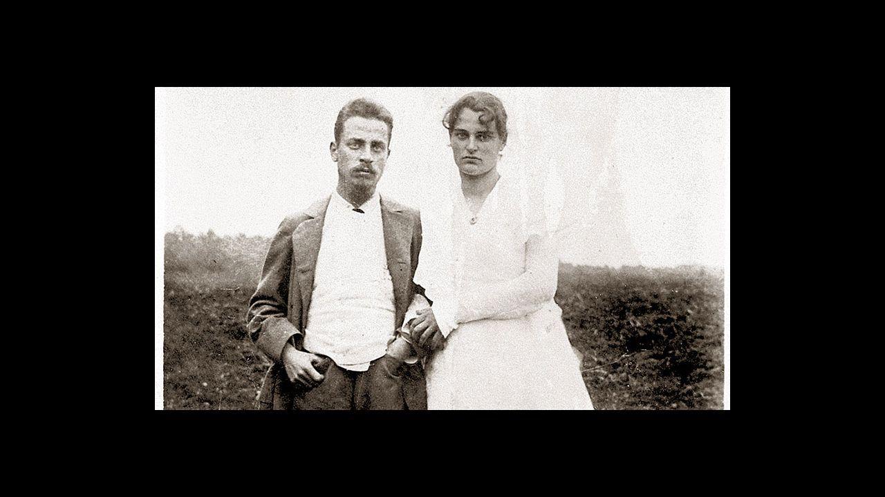 Proyecto Tabacalera Gijón puzle.Rilke con su mujer, Clara Westhoff, en 1901
