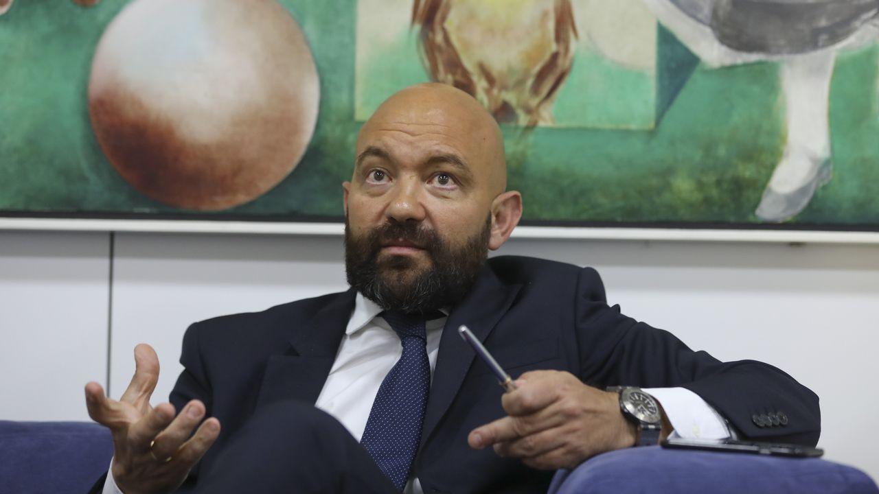 Quinteiro mantiene su pulso y no se va «por responsabilidade política»