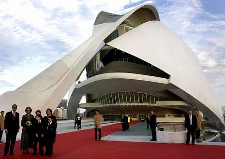 Las obras más cuestionadas de Santiago Calatrava.El Palau, el día de su inauguración en el año 2005.