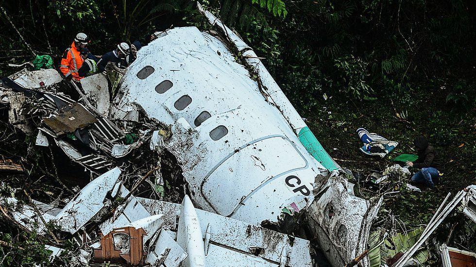 Trágico accidente de avión en Colombia.Accidente del Yak-42