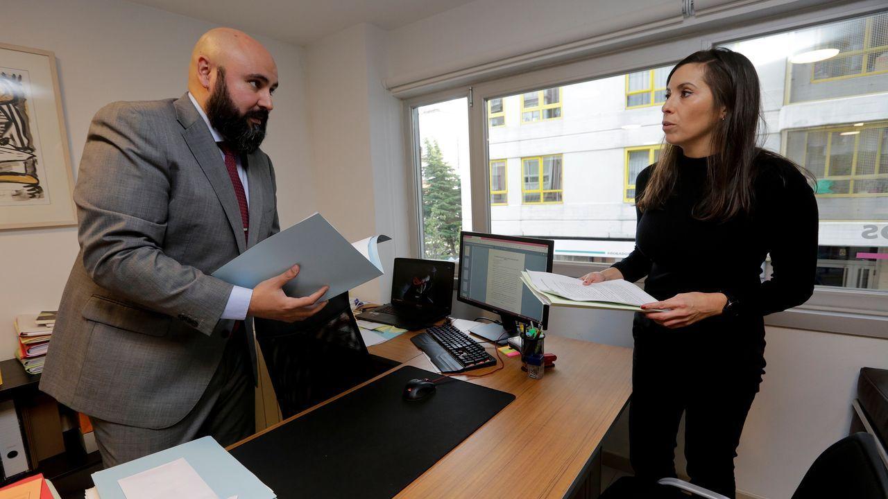 Los dos abogados de la madre, que recusarán a la jueza por su auto en el que se censura que aquella se vaya a «la Galicia profunda»
