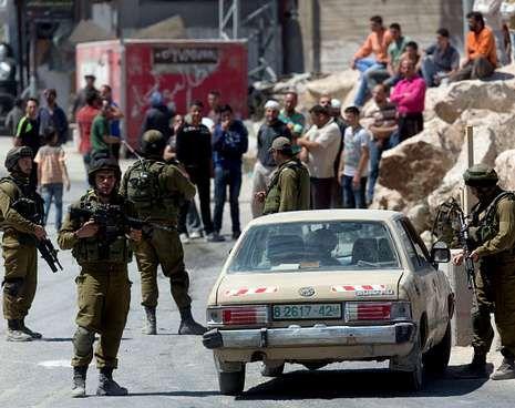 La tensión aumenta en Jerusalén.Israel decretó toque de queda indefinido, movilizó a reservistas y cerró los accesos a Hebrón.