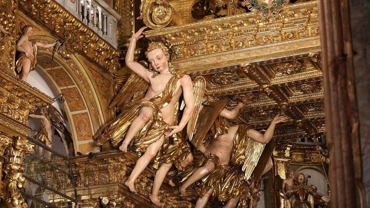 Así quedó el interior de la catedral de Santiago tras las obras de restauración.Presentación de la coalición Marea Galeguista