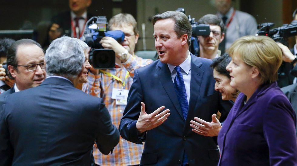 Rajoy le dice a Cameron que «lo más probable es que tengamos nuevas elecciones el 26 de junio».El presidente polaco, Andrzej Duda, y el presidente del Consejo Europeo, Donald Tusk (a la derecha), después de su reunión en Bruselas.