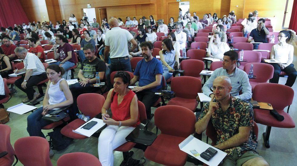 Imagen de archivo de uno de los exámenes de oposición en Santiago