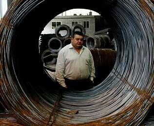 Añón tiene plena confianza en Castellano para relanzar el proyecto financiero de Galicia.