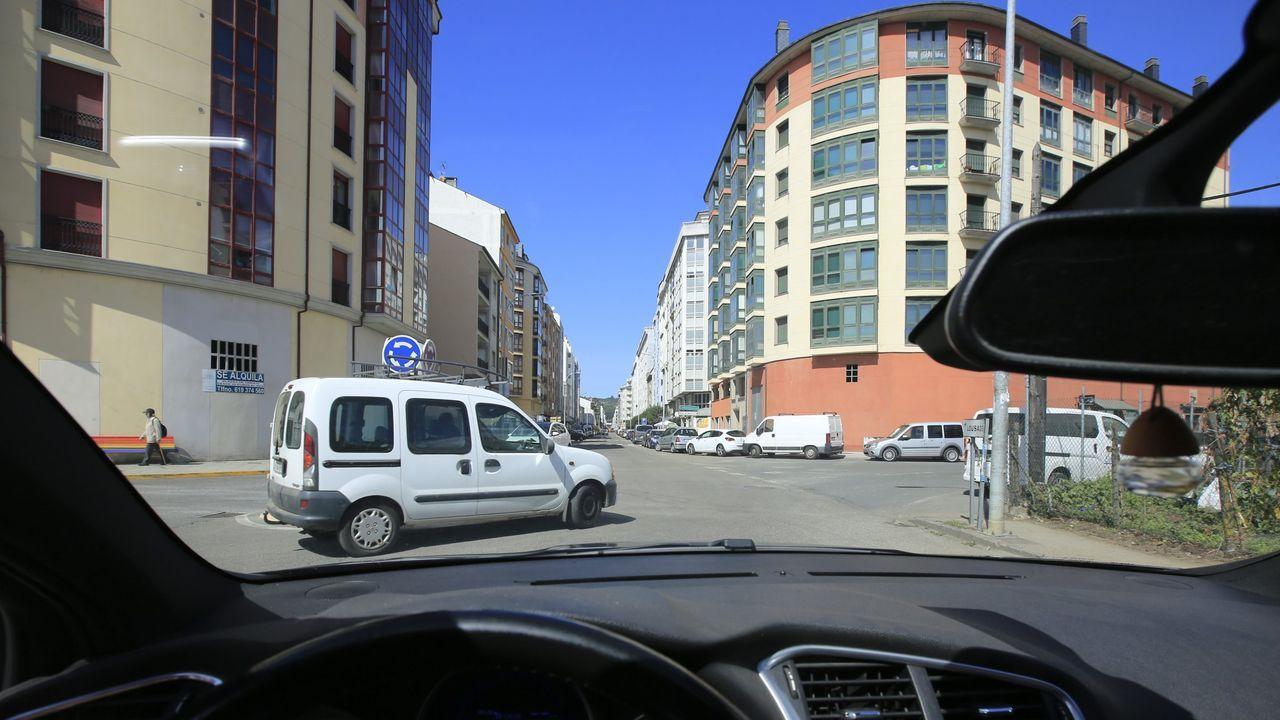 El temporal en Galicia.Vista de la calle Calvo Sotelo
