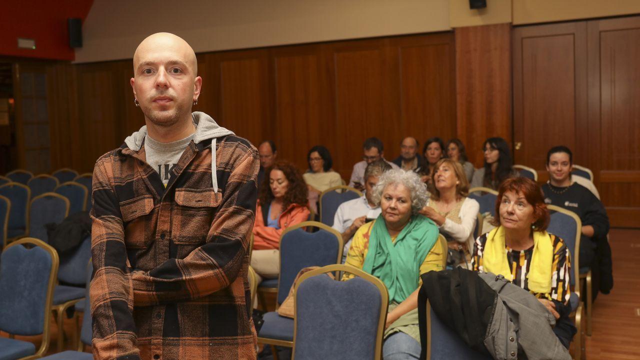 O músico británico Kevin Weatherill, de Inmaculate Fools, afincado en Galicia