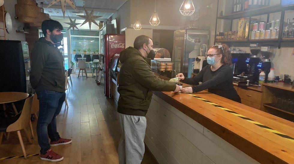 Imagen de archivo de una cafetería durante las restricciones