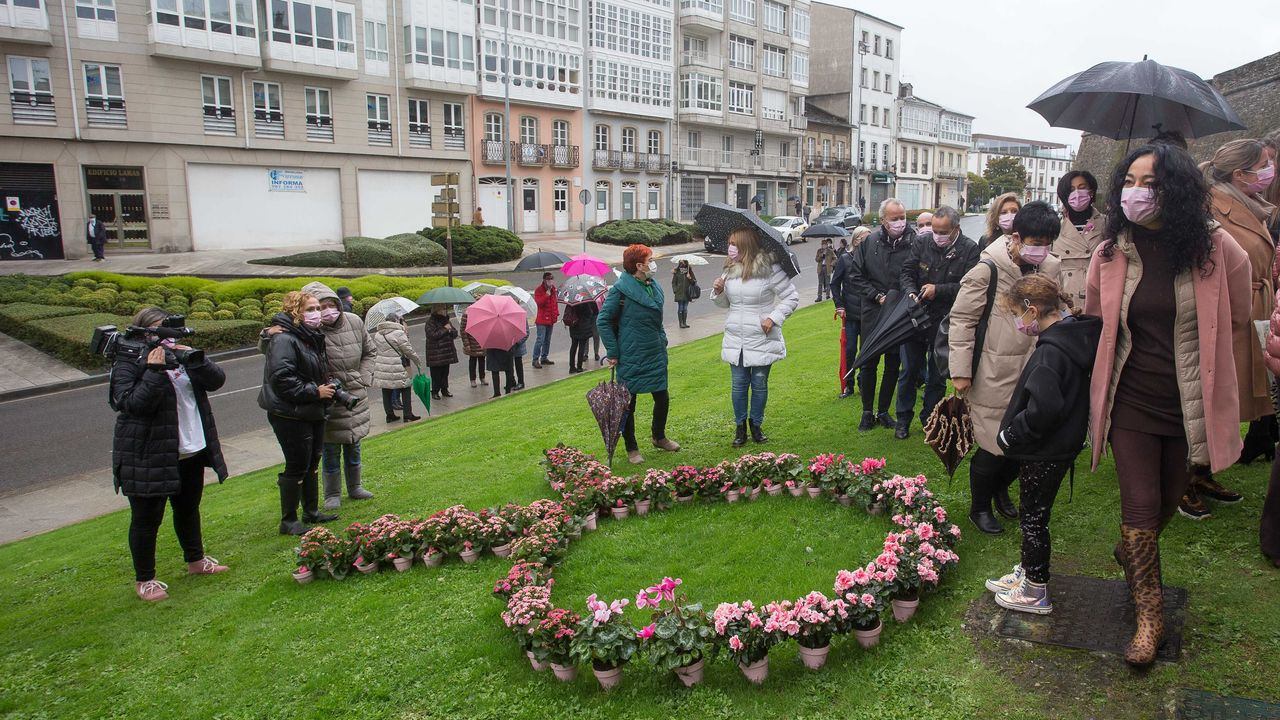 20 fotos para 20 años de la Muralla de Lugo Patrimonio de la Humanidad.En la celebración no faltaron las flores