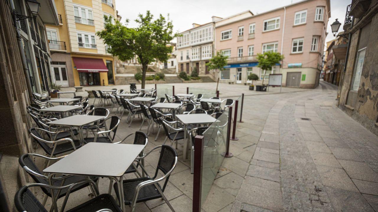 Una terraza vacía en la plaza de España