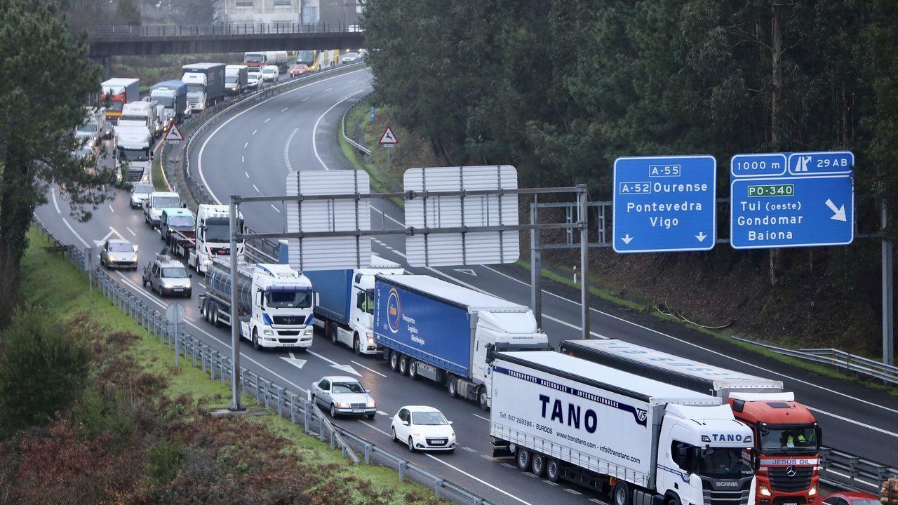 Control de la SEF y la GNR en el puente internacional de Tui.O crime de Deborah segue sen resolverse
