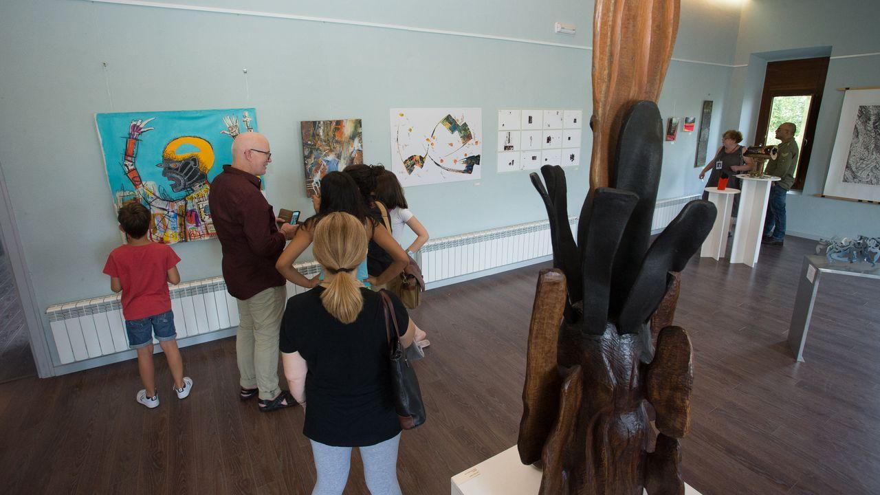 La antigua cárcel de Sarria acoge las obras de 75 artistas