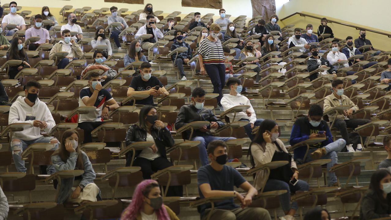 Facultade de Económicas de la USC en una imagen tomada el primer día de este curso 2020-2021