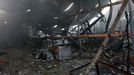 Un voraz incendio destruye una nave industrial en Betanzos