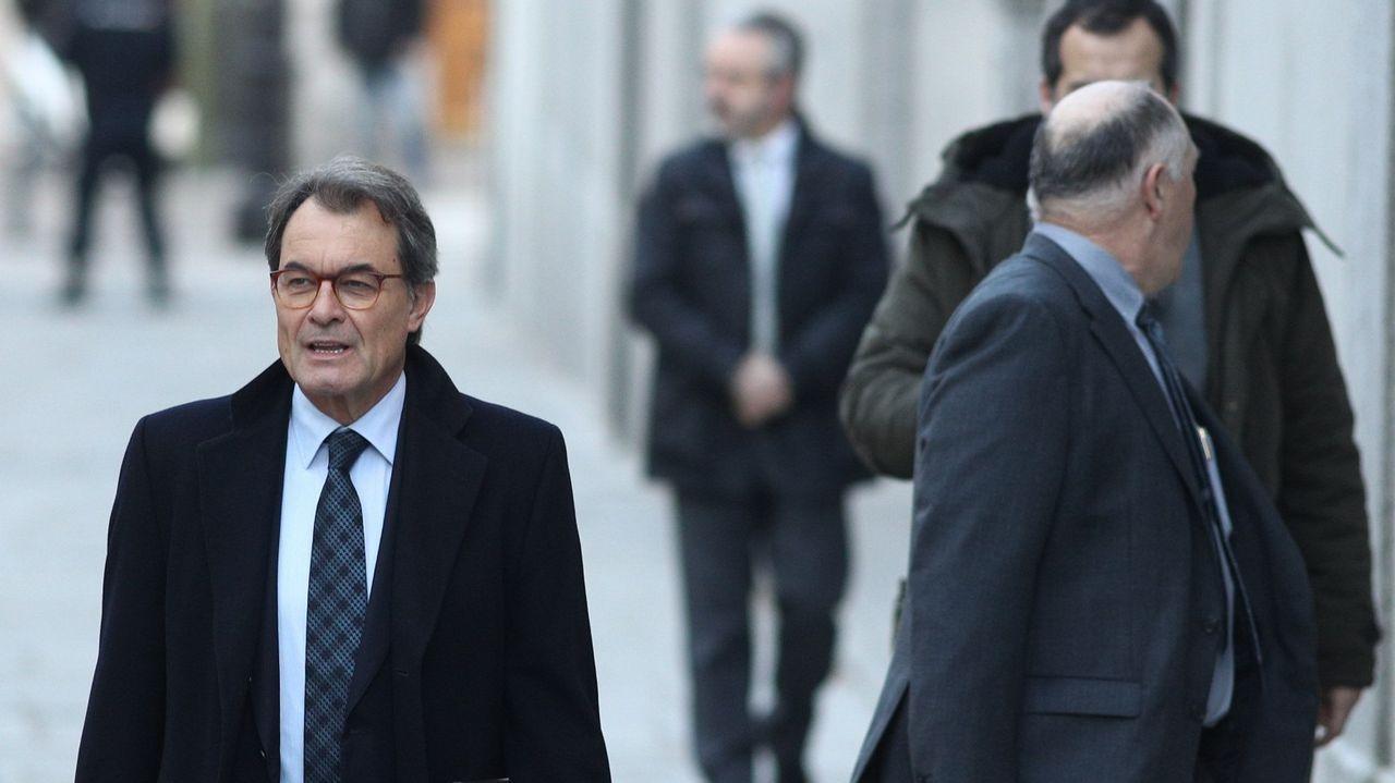 ¿Habrá purga en los Mossos?.Borrel dijo que no puede recurrir a las embajadas mientras no cumplan la legalidad