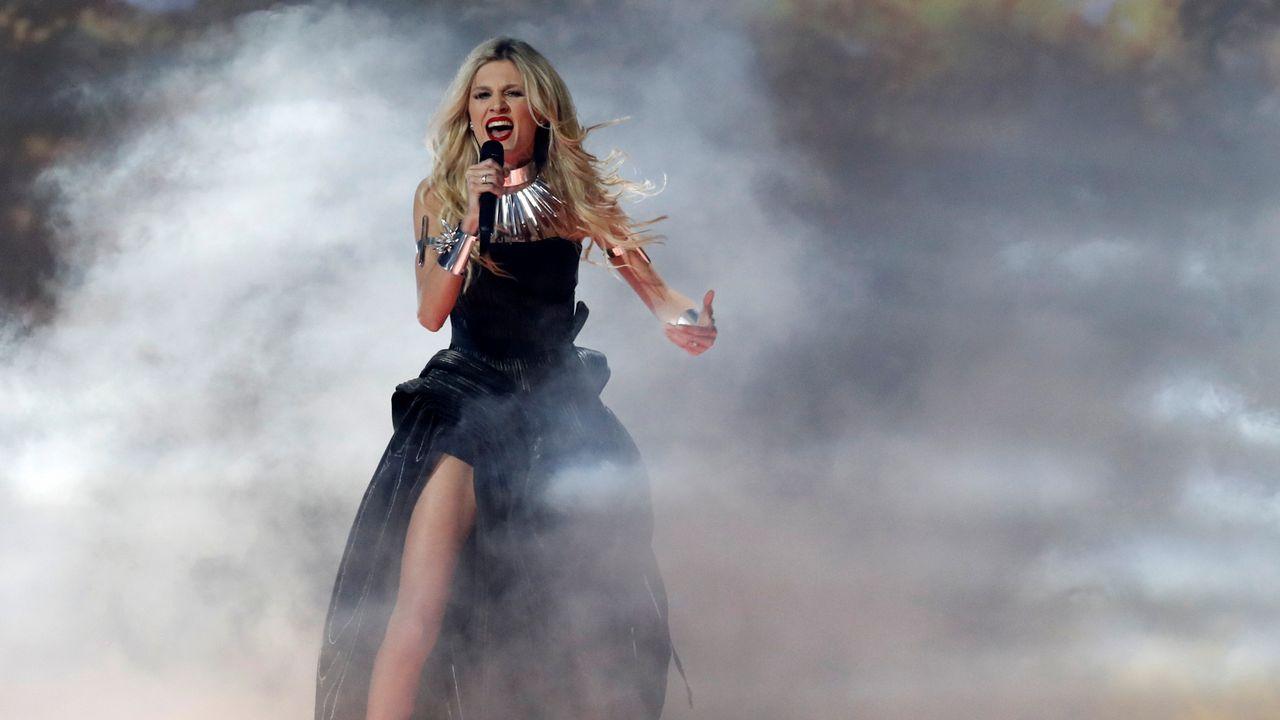 Nevena Bozovic interpreta «Kruna» en la primera semifinal de Eurovisión