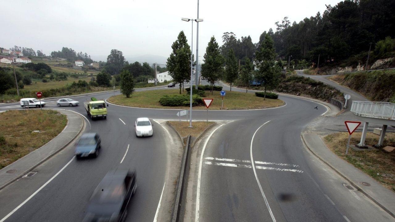Una forma diferente de disfrutar de la ruta jacobea.El incidente se produjo en la rotonda que da acceso a O Milladoiro desde Santiago a través de la SC-20