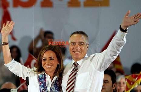 Carme Chacón y Pere Navarro, en un acto de campaña de las recientes elecciones catalanas.
