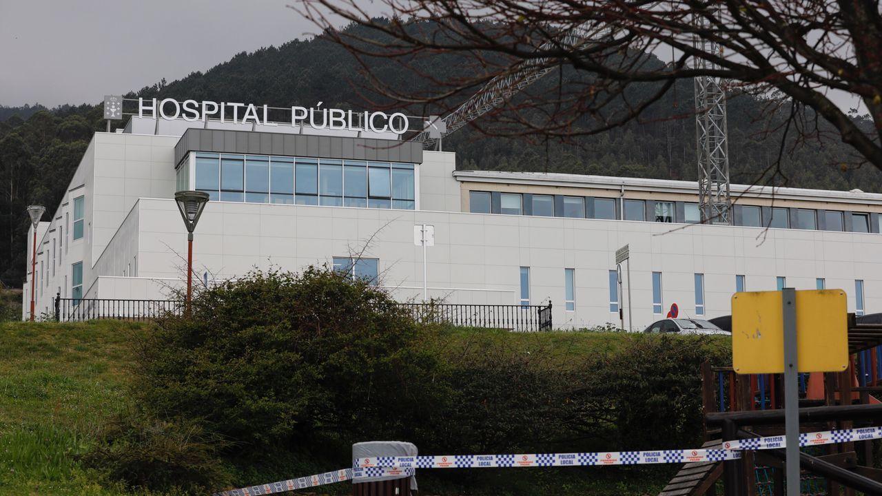 Del viernes a la seis de la tarde al domingo a la misma hora, pasaron de 1 a 3 los pacientes con covid ingresados en el Hospital Público da Mariña, en la imagen de archivo