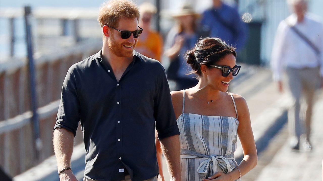Isabel II convoca una reunión familiar urgente para este lunes.Los cuñados siempre demostraron tener una gran sintonía entre ellos, como en esa imagen del año 2012