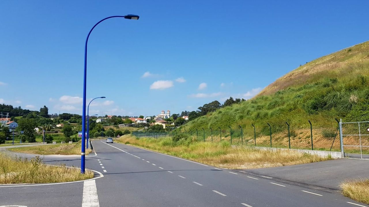 Imagen de archivo de un control de movilidad en A Coruña, que se pueden repetir hasta que se levanten las restricciones