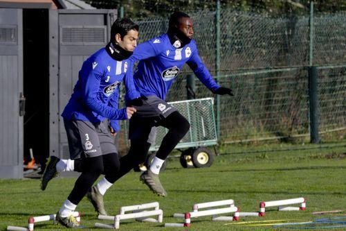Somma, junto a Mujaid, en un entrenamiento