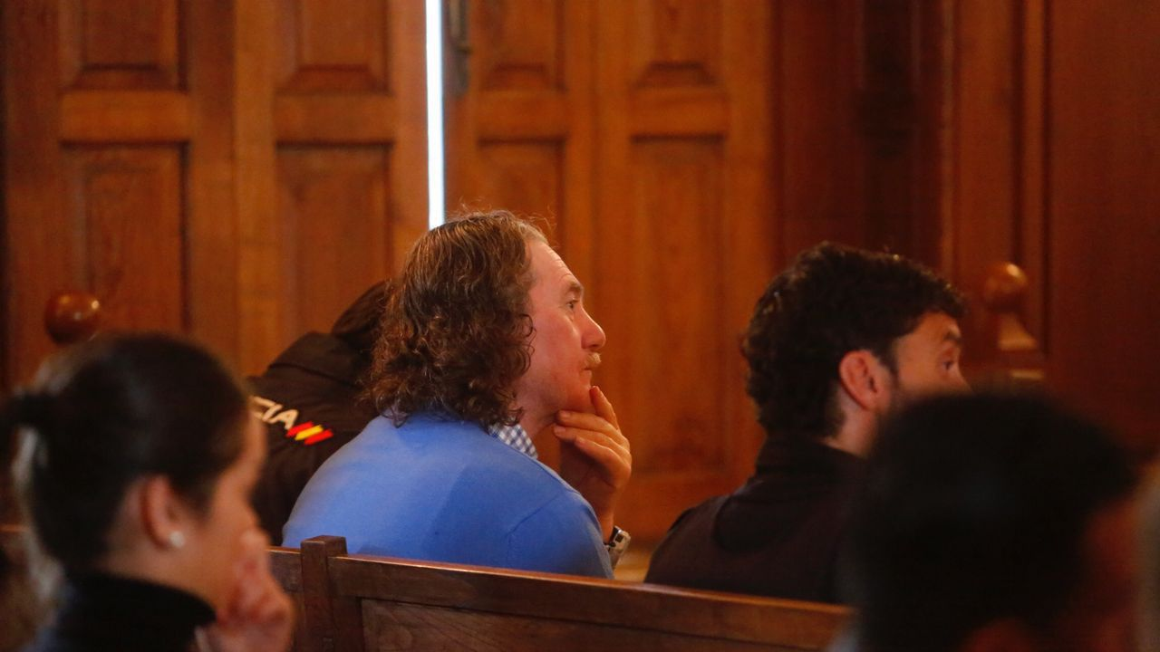 Rosendo tras salir de prisión: «No me han robado la fe».Miñanco durante el juicio en la Audiencia Provincial
