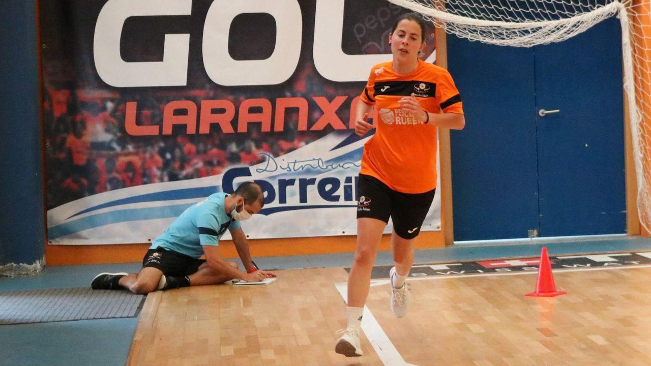 Pablo Díaz dirigió sesiones físicas para grupos de tres o cuatro jugadoras