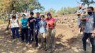 Alumnos de la Facultade de Historia hacen prácticas en el Castro do Alto da Acea