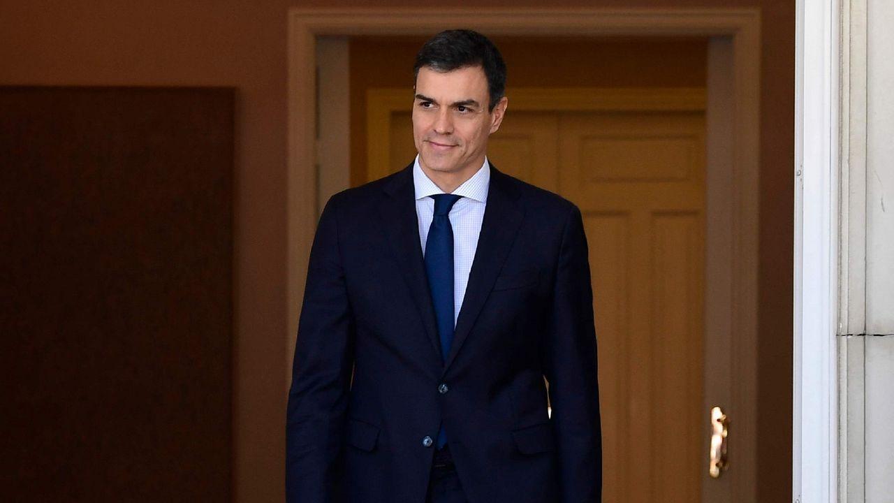 Valencia recibe a los inmigrantes del Aquarius