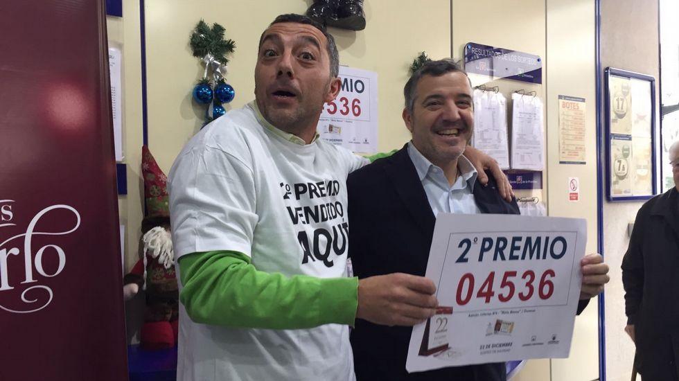 Administración de Lotería El Mirlo Blanco en Ourense. Vendió el segundo premio