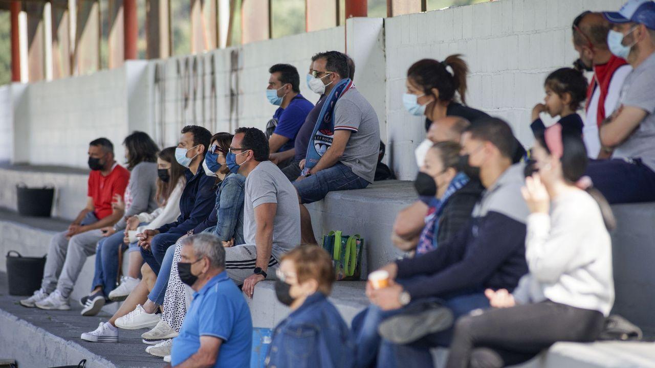 Así se vivió el último derbi entre Noia y Boiro de esta temporada.EFF Rosalia