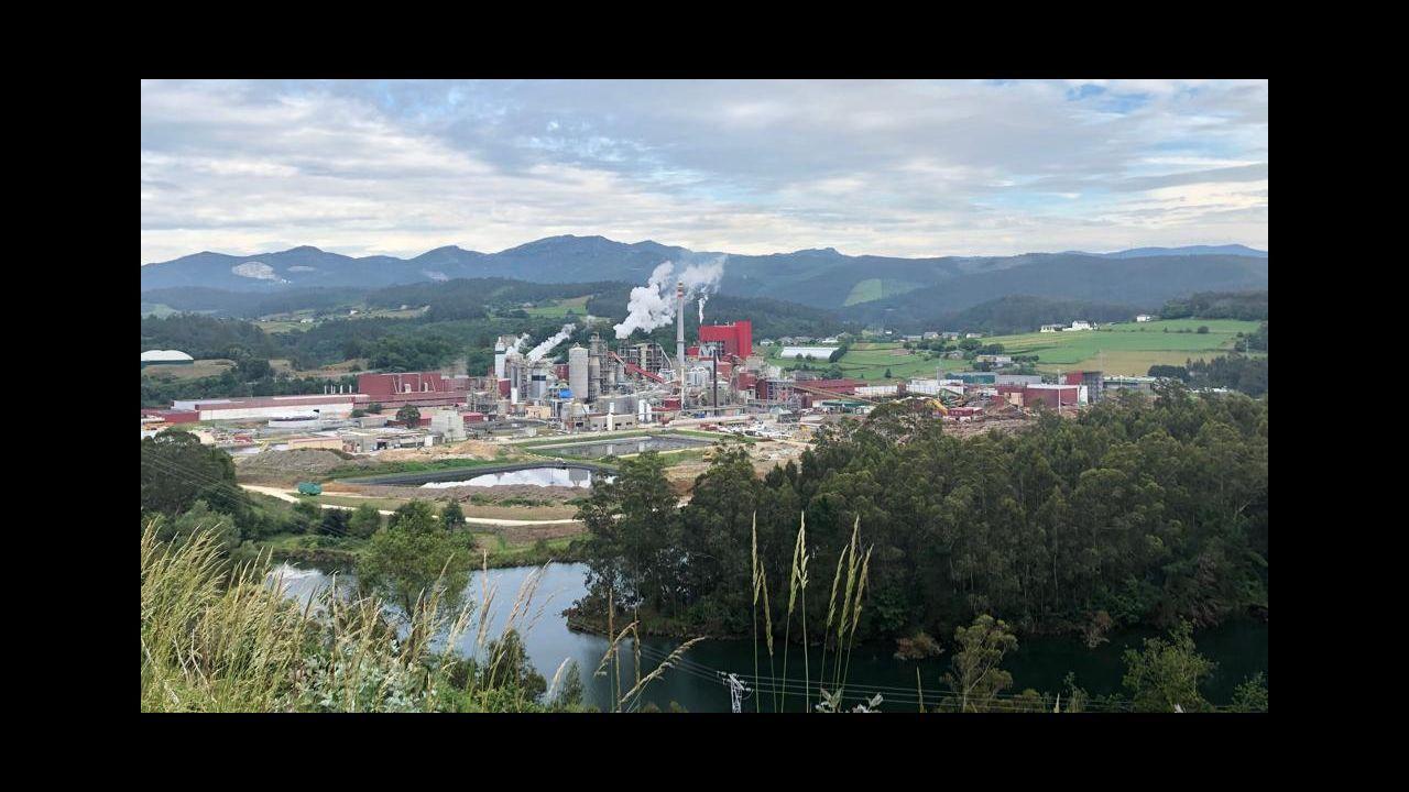 Concentración de los trabajadores de Gaes en Oviedo