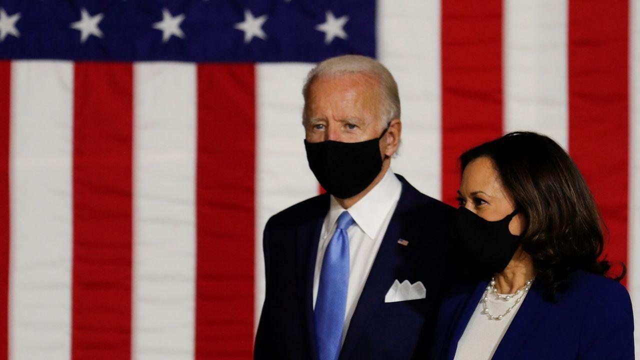 El próximo candidato demócrata a la presidencia de EE.UU., Joe Biden, y la candidata a la vicepresidencia, Kamala Harris