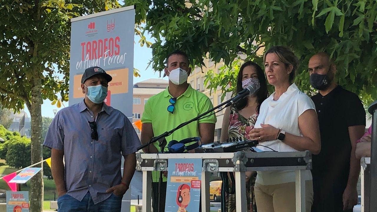 La alcaldesa de Lugo presenta el programa de ocio Tardeos, que se extiende al barrio de Augas Ferreas